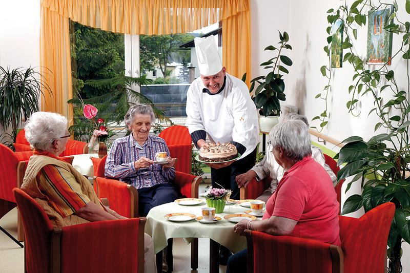 Verpflegung im Seniorenpflegeheim Rennsteigschlösschen in Ernstthal